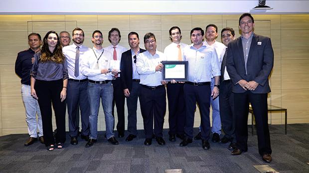 Líder Aviação recebe prêmio Peotram, da Petrobras